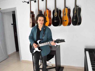 Elektrik Gitar Kursu