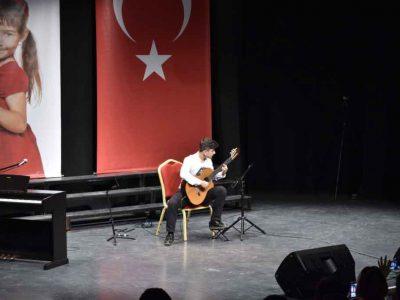 İstanbul gitar dersi